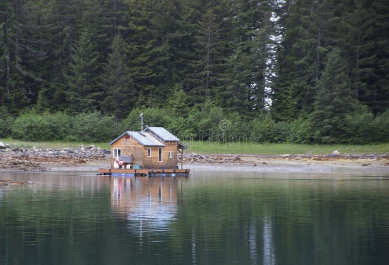 Yakutat Alaska flottant pêchant la cabine photos libres de droits