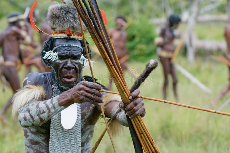 Yali Mabel, capo della tribù di Dani, Papuasia, Indonesia immagini stock libere da diritti