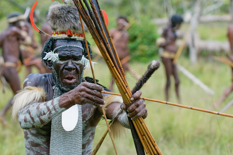 Yali Mabel, szef Dani plemię, Papua, Indonezja obrazy royalty free