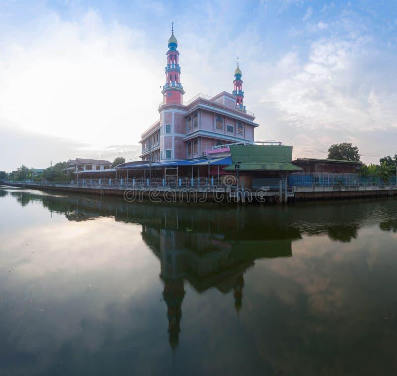 YAM I YA TUN MUSLIMIN SURAO DAENG  Mosque in Bangkok , Thailand.  stock photography