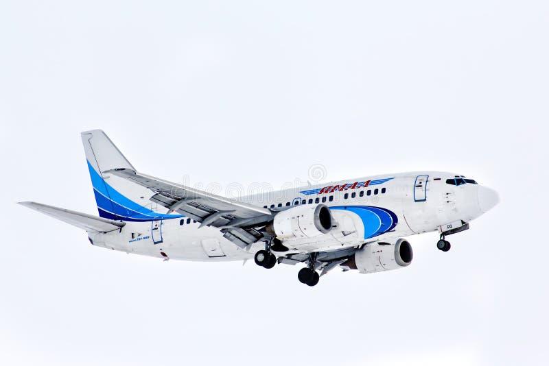 Yamal flygbolag Boeing 737 arkivbilder