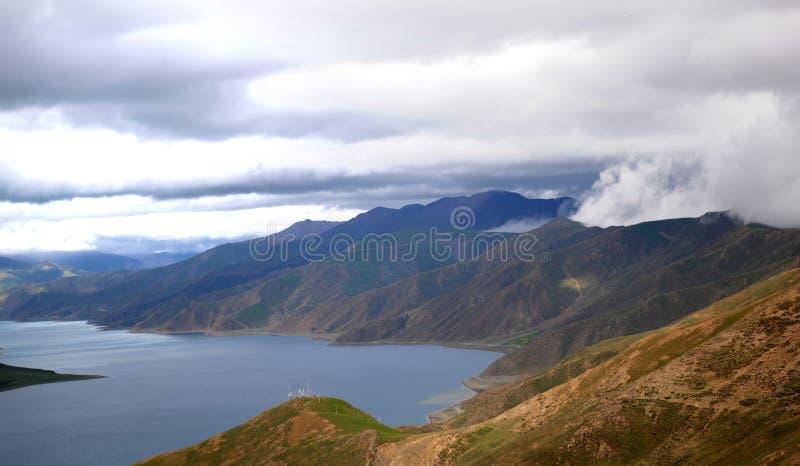 Yamzhoyum湖 免版税图库摄影