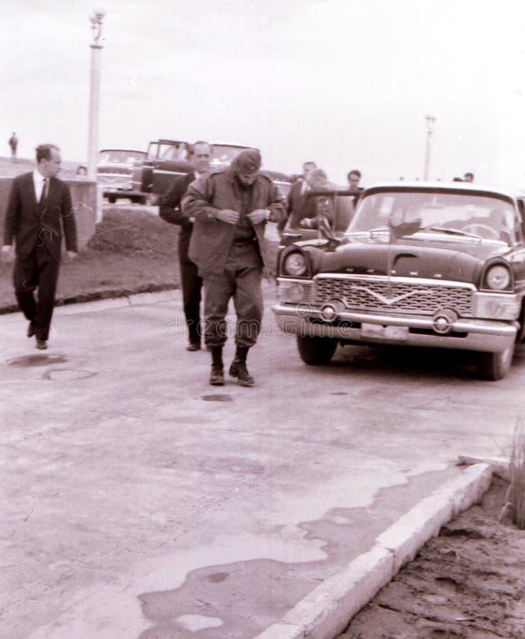 Yangiyer Fidel Castro sorti voiture en mai 1963 images stock