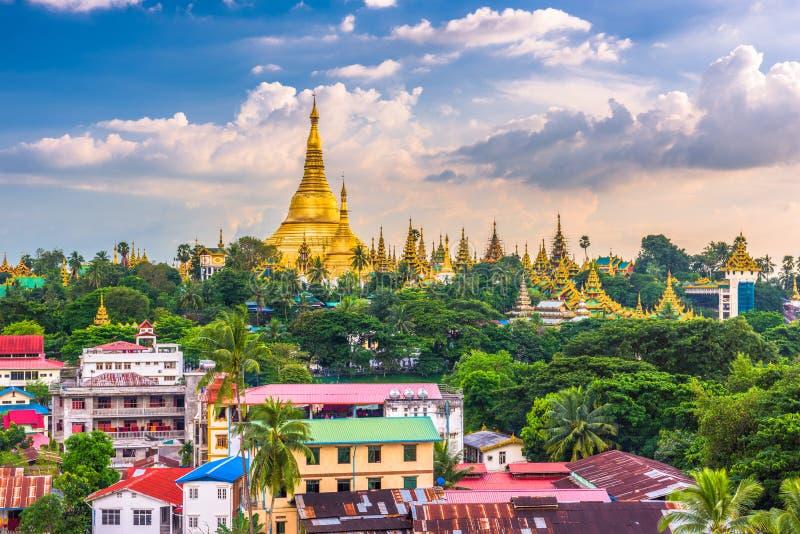 Yangon, pagoda de Myanmar photos stock