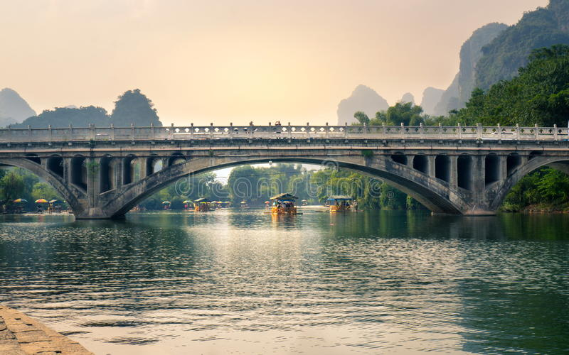 Download YANGSHUO, CHINA - SEPTEMBER 23, 2016: Boats With Tourists Floati Stock Image - Image of editorial, mountain: 87813303