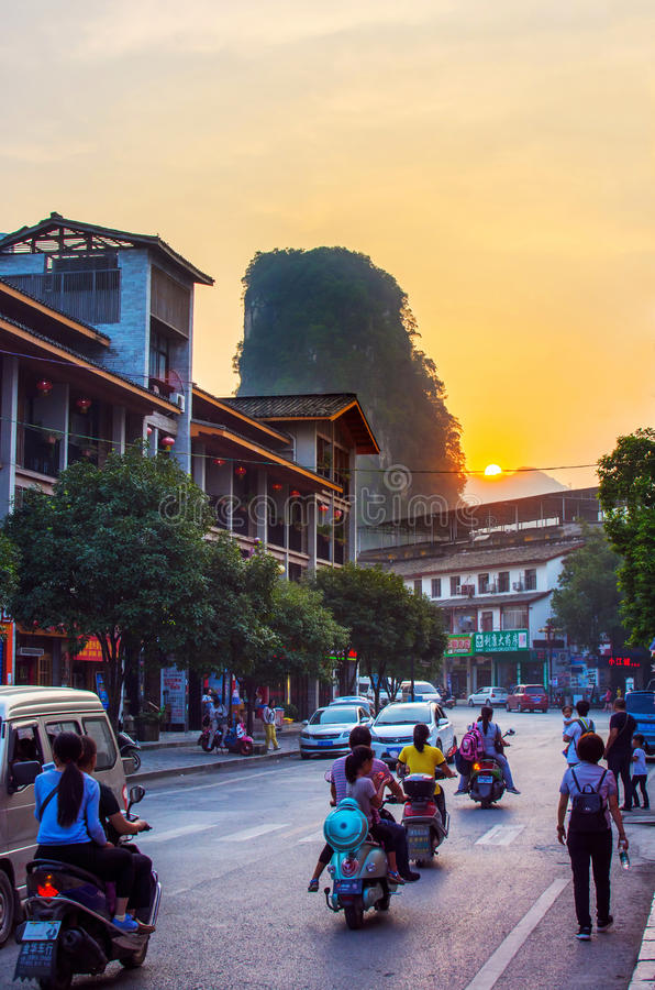 Download YANGSHUO, CHINA - SEPTEMBER 23 2016: Stunning Sunset On The Crow Editorial Photo - Image of guangxi, chinese: 89486241