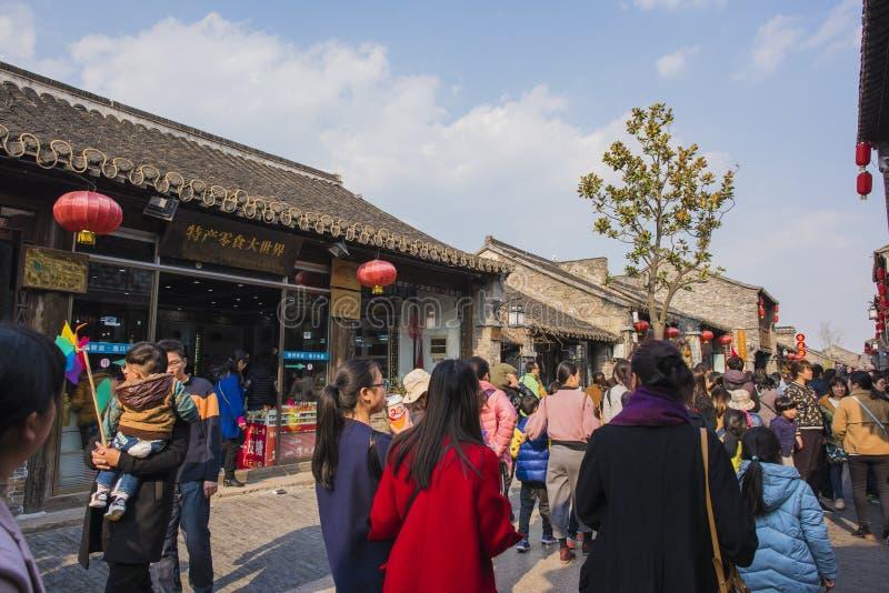 Yangzhou Dong Guan Street royaltyfri fotografi