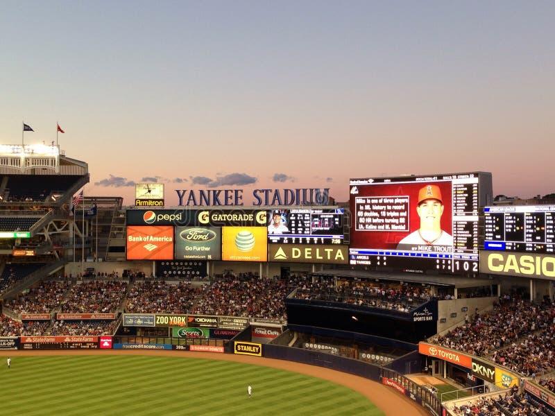 Yankee Stadium el día del juego fotografía de archivo