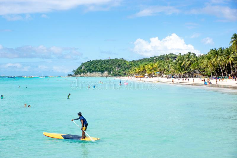 Yapak/Philippines-13 11 2016: Sikten av den Boracay stranden arkivfoton