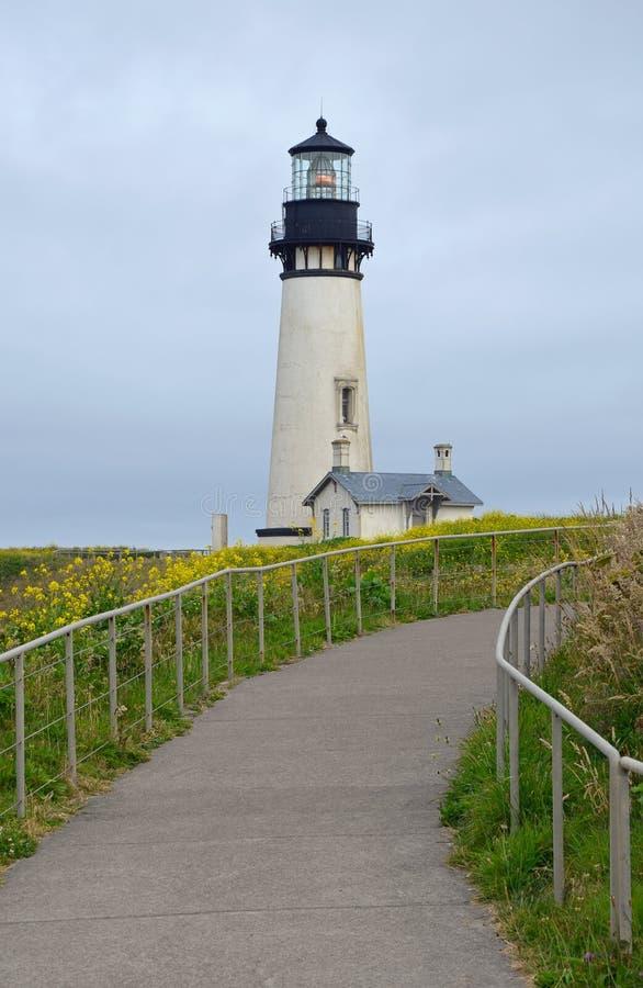 Yaquina-Kopfleuchtturm in Oregon lizenzfreie stockfotografie