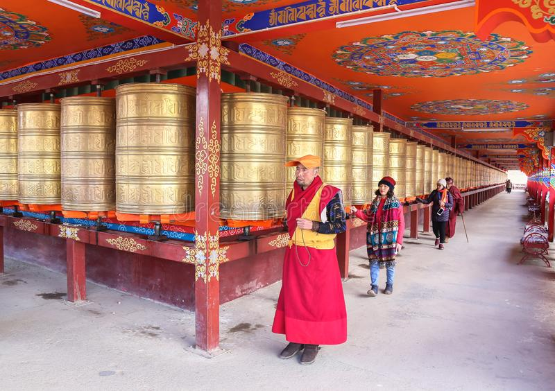 YARCHEN GAR, THE WORLD´S SECOND BIGGEST BUDDHIST SCHOOL IN SICHUAN, CHINA royalty free stock photography