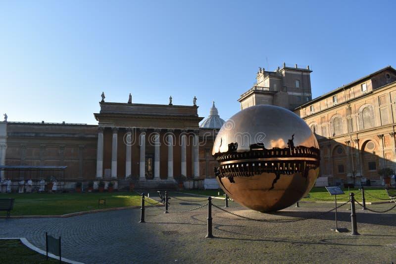 Yard de musée de Vatican image libre de droits