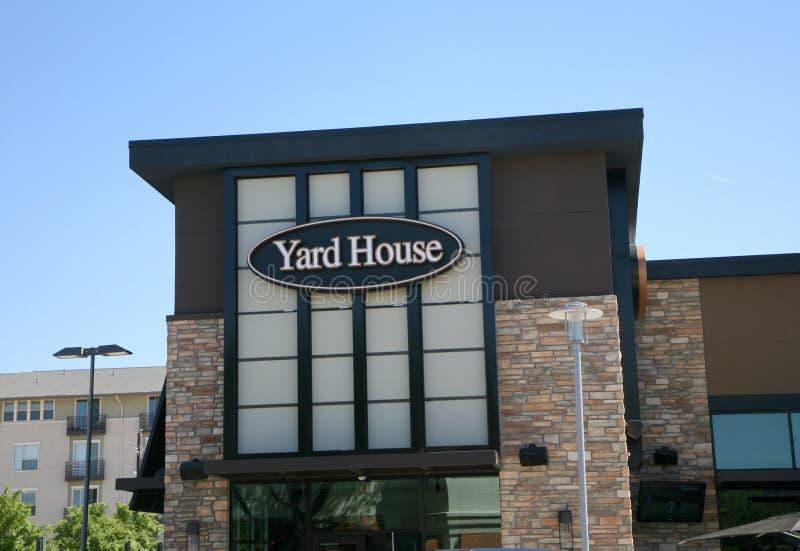 Yard House Restaurant Editorial Image Image Of Brunch 90077750