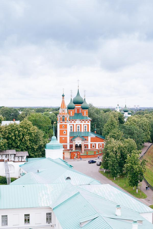 Yaroslavl é uma das cidades as mais velhas do russo, fundado no século XI A Museu-reserva imagem de stock