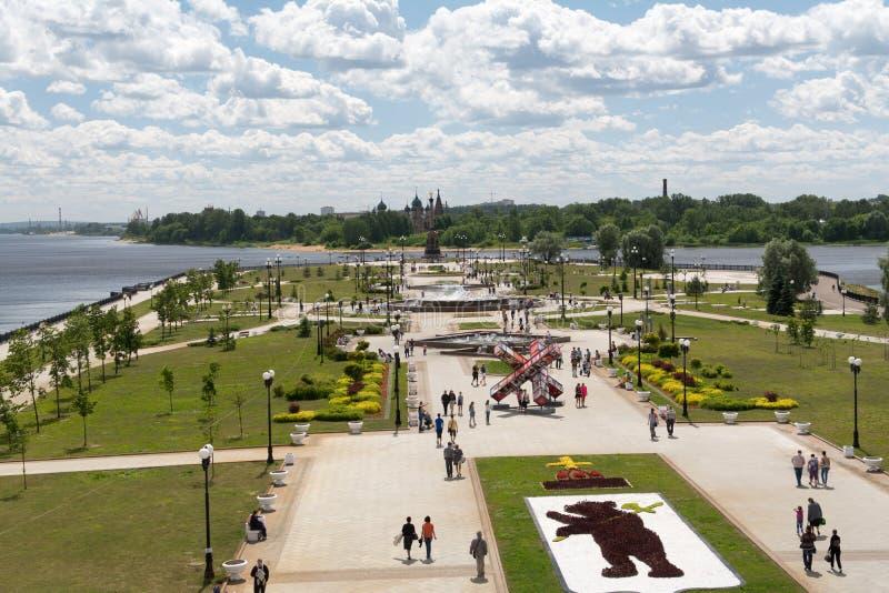 YAROSLAVL RYSSLAND - JUNI, 2015: Berömmar av årsdagen 1005 av stadsfundamentet royaltyfria foton