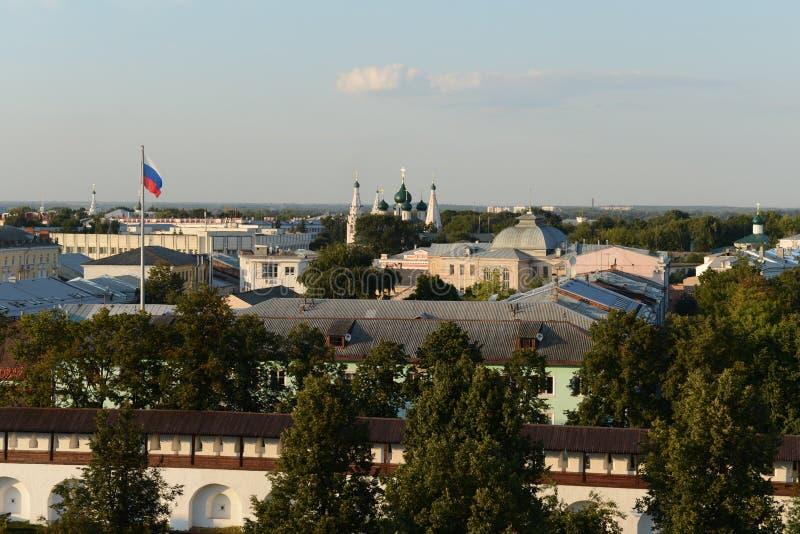 yaroslavl Vista da torre de sino imagem de stock royalty free