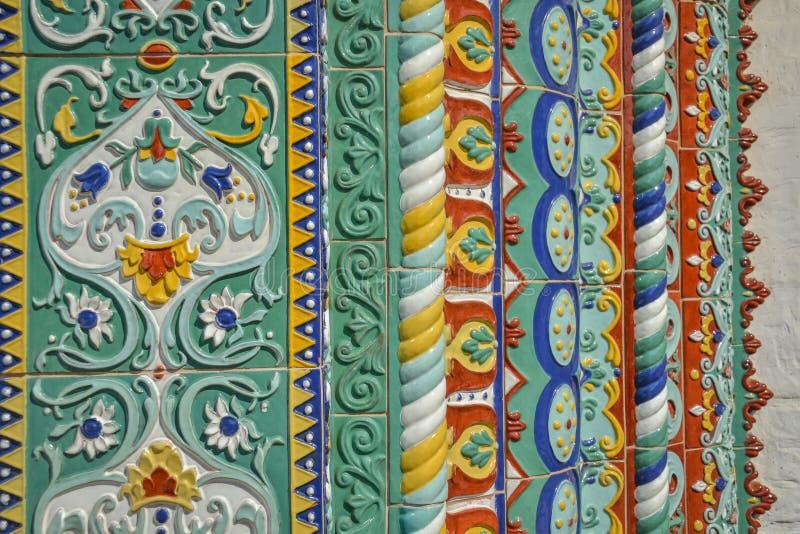 Yaroslavlmajolica De tegels van de veronderstellingskathedraal stock afbeelding