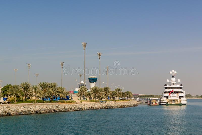 Yas Island/UAE Nov 14 2017: Yas Marina przy Yas wyspą, Abu dhabi obraz royalty free