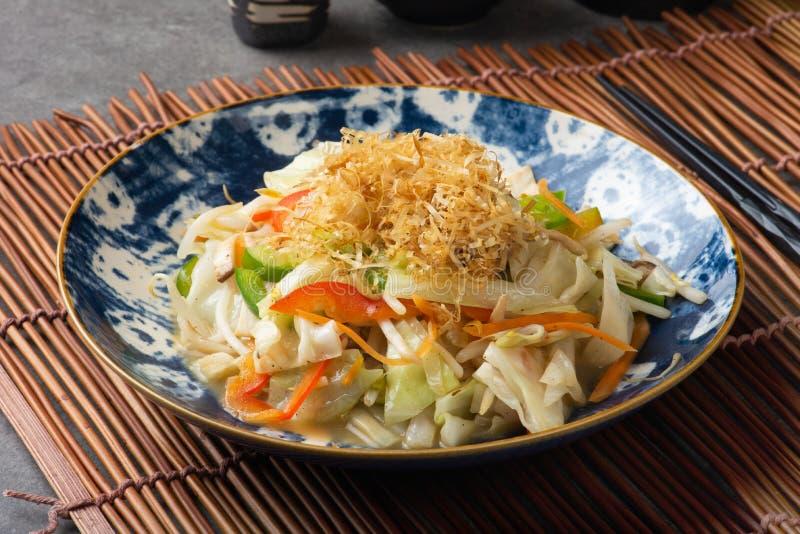 Yasai, legumes misturados japoneses da fritada da agitação imagem de stock