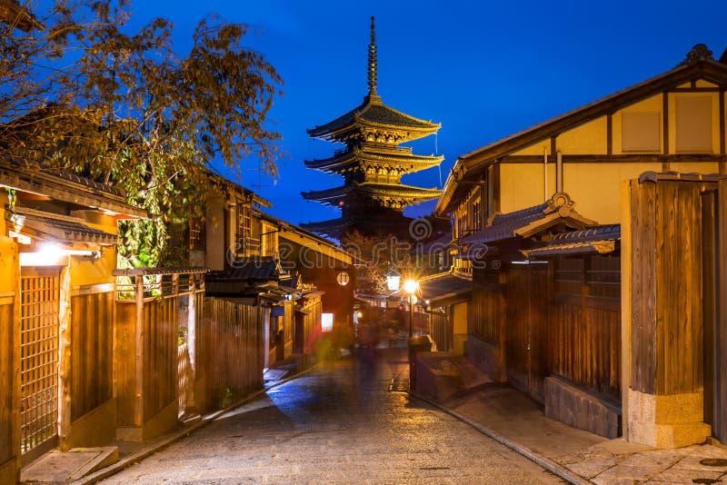 Yasakapagode en Japanse oude stad in Higashiyama royalty-vrije stock fotografie