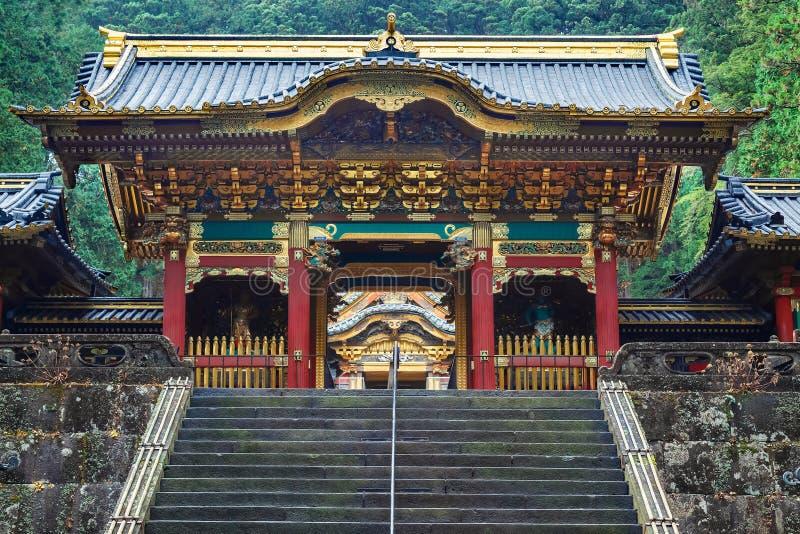 Yashamon port på den Taiyuinbyo relikskrin i Nikko, Japan fotografering för bildbyråer