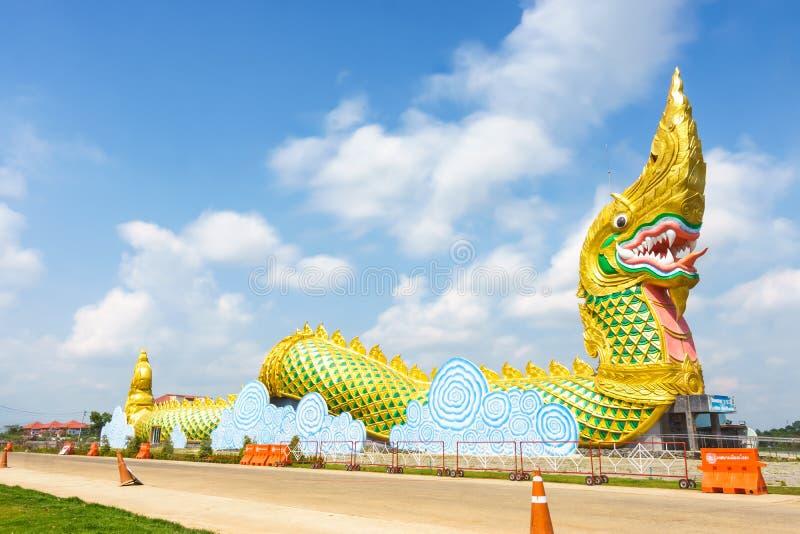 Yasothon, Thailand - Mei 6, 2017: Standbeeld van Naka Landmark met a stock afbeeldingen