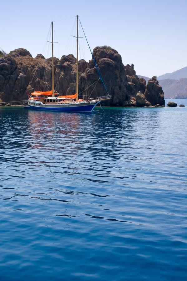 Yate en el Mar Egeo. fotografía de archivo
