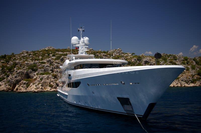 Yate real blanco - mar Mediterráneo imagen de archivo libre de regalías