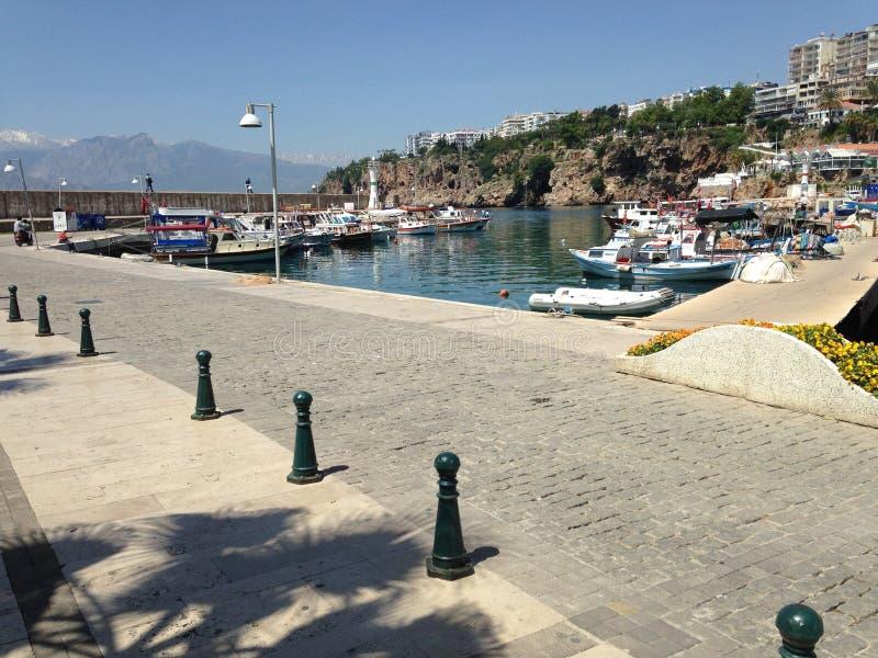 Yates en el golfo del mar Mediterráneo imágenes de archivo libres de regalías
