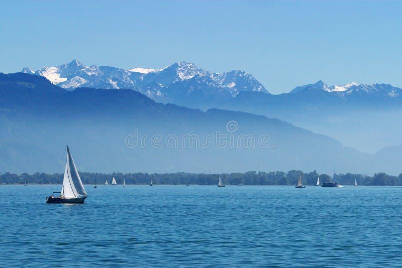 Yates en el lago Constance foto de archivo