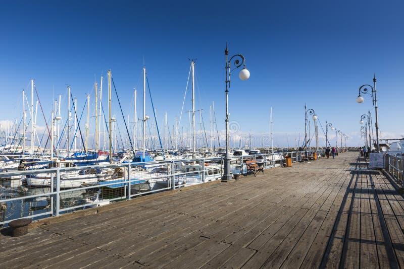 Yates en el puerto de Larnaca, Chipre foto de archivo libre de regalías