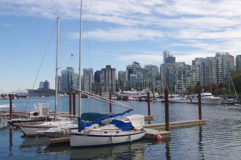 Yates en el puerto del col de Vancouver foto de archivo