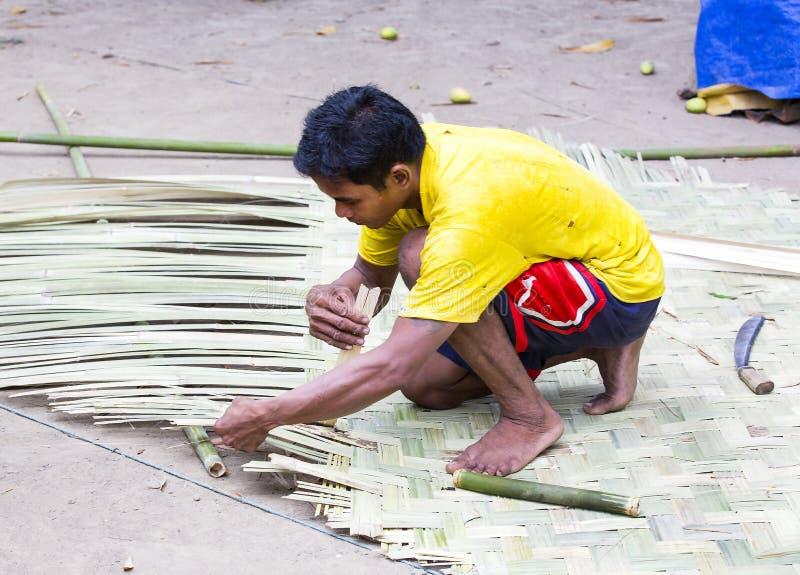 Życie mieszkanowie Filipińska wioska rybacka zdjęcia royalty free