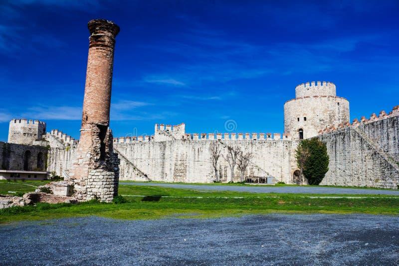 Yedikule Hisarlari (una fortezza) di sette torri Istanbu immagini stock