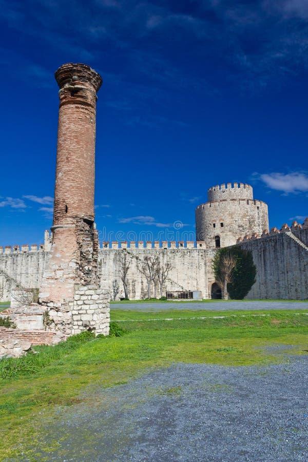 Yedikule Hisarlari (una fortezza) di sette torri Istanbu fotografia stock libera da diritti
