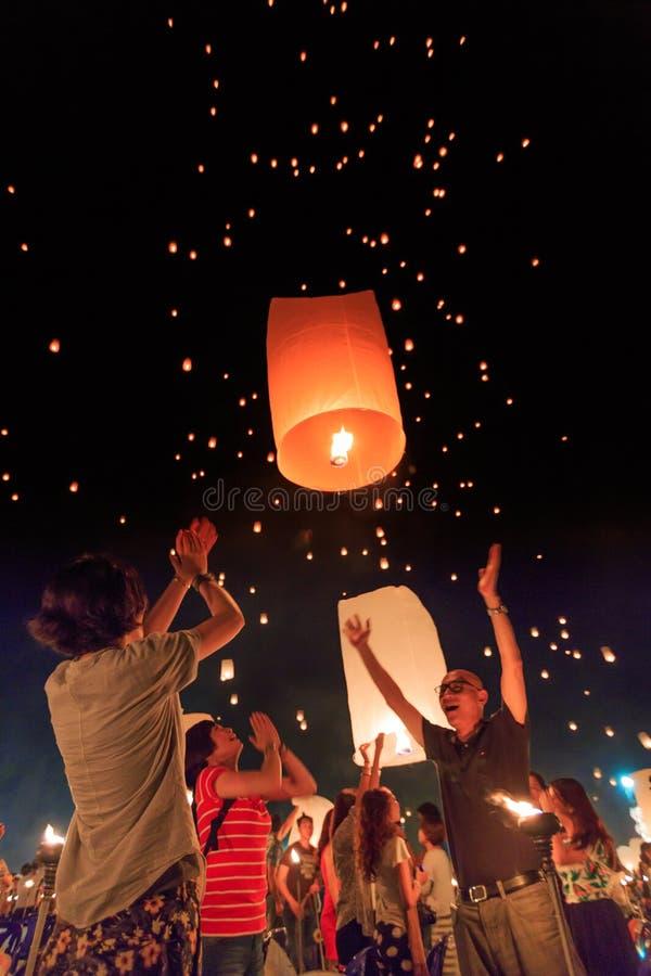 Yee Peng Festival på det Chiangmai landskapet, Thailand royaltyfria bilder