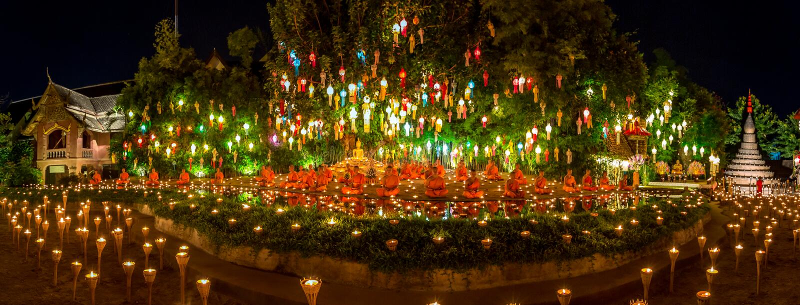 Yee Peng Festival in Wat Phan Tao, Chiangmai royalty-vrije stock fotografie