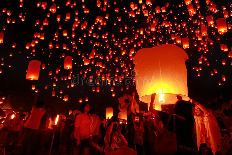 Yeepeng, Chiang Mai, festival della Tailandia immagini stock