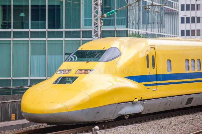 Yellow,高速测试火车医生 库存图片