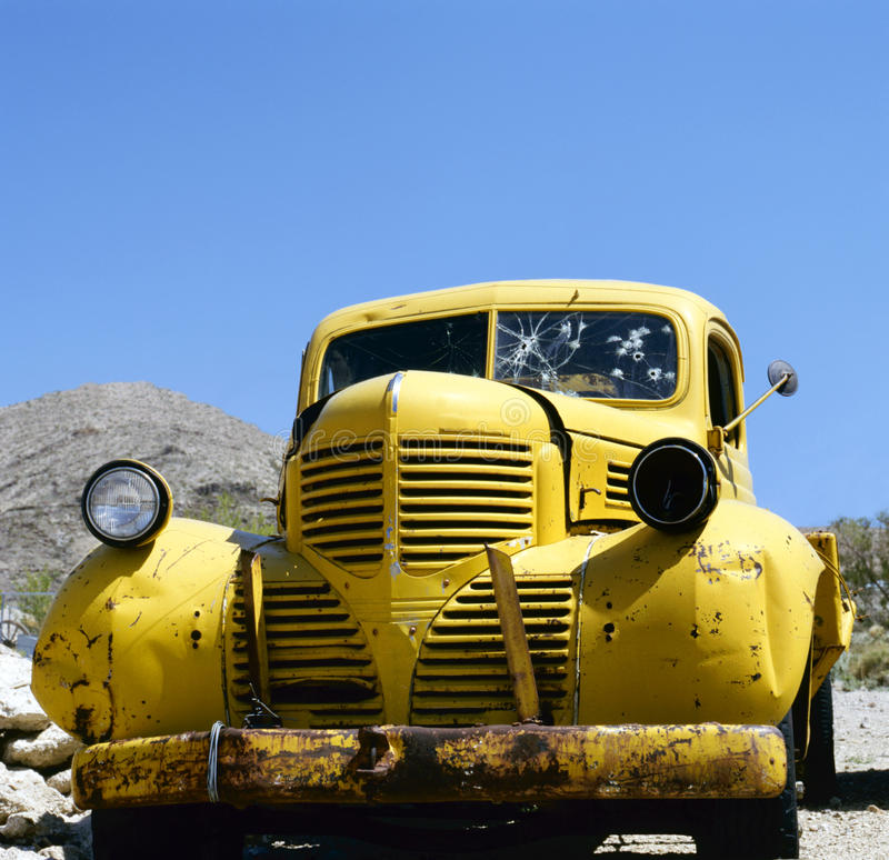 Download An Yellow Abandoned Bonnie And Clyde Vehicle Stock Image - Image: 21020129