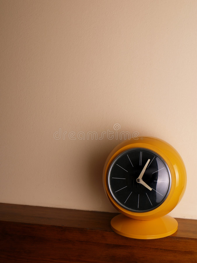 Free Yellow Clock Royalty Free Stock Image - 3804116