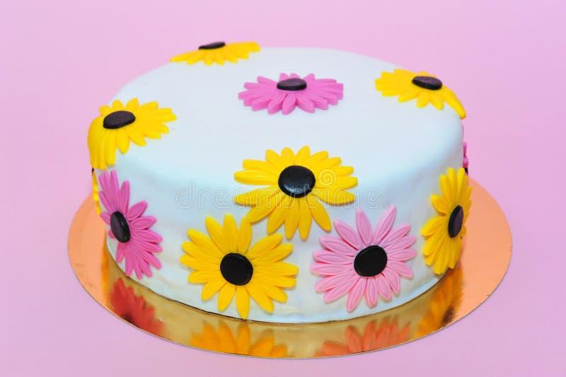 Yellow Daisies Birthday Cake Stock Image Image Of Celebration