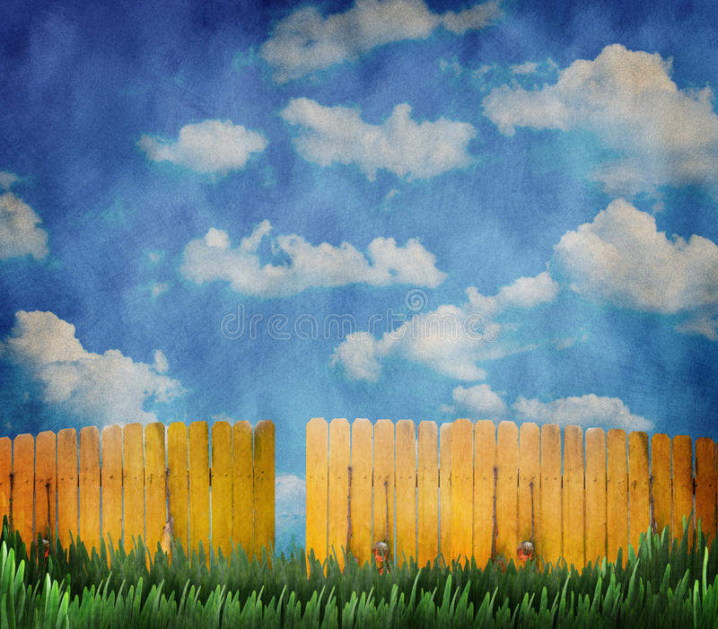 Download Wooden Fence And Sky Royalty Free Stock Image - Image: 33171546