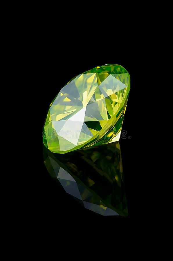 Download Yellow-Green Fancy Brilliant 1.5 Ct Stock Photo - Image: 16348120