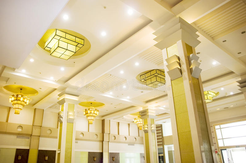 Download Yellow Hotel Lights On The Ceiling Royalty Free Stock Images - Image: 21566859