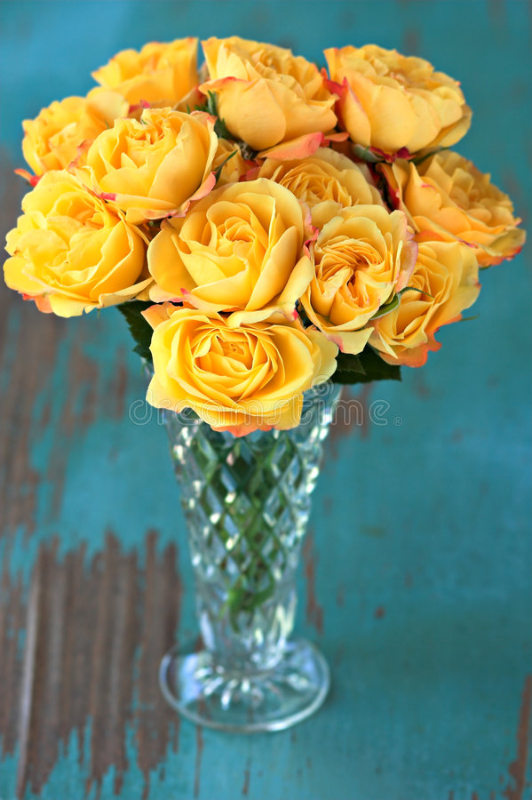 Yellow Roses in Vase stock photography