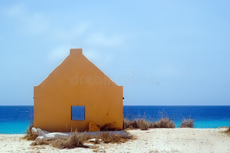 Download Yellow slavehut. Bonaire stock photo. Image of trees, house - 1705412