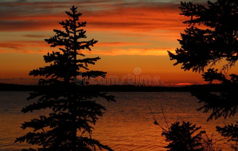 Yellowknife solnedgång arkivbild