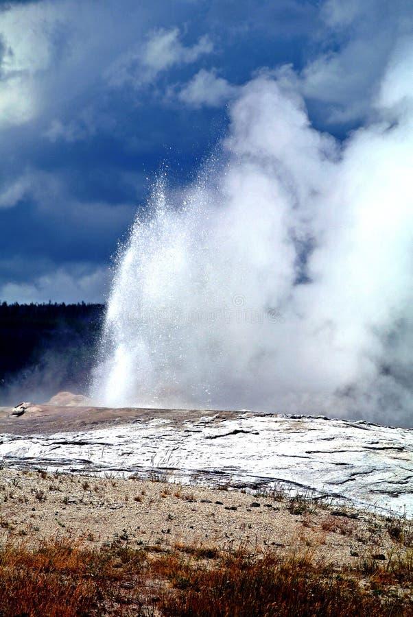 Yellowstone parkerar arkivbild