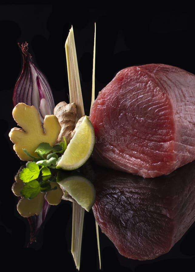 Yellowtail sashimi τόνου βαθμός στοκ εικόνες
